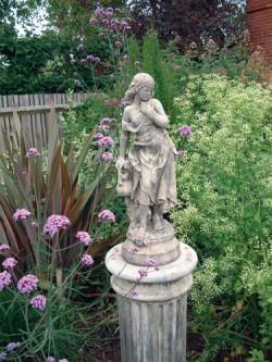 Picture of Slave Girl Stone Statue