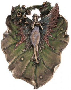 Picture of Fairy Decorative Plate Bronze