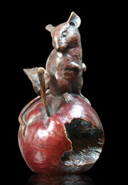 Picture of Mouse on Apple Bronze Figurine (Limited Edition) Michael Simpson