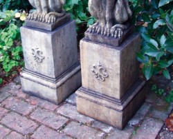 Picture of Gothic Plinth