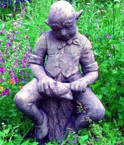 Picture of Cobbler Goblin Garden Sculpture