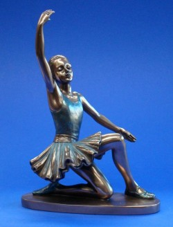 Picture of Ballerina Finale Bronze Figure