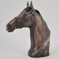 Picture of Thoroughbred Horse Head Figurine (David Geenty)