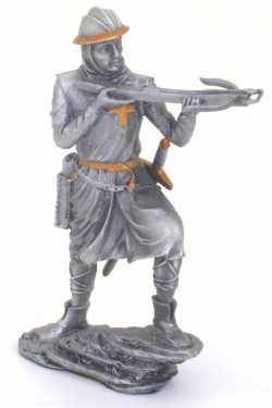 Picture of Crusader with Crossbow Pewter Figurine