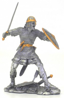 Picture of Viking Attacking Pewter Figurine NEW