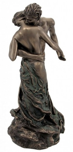 Picture of Couple Embracing Nude Statue The Waltz (Camille)