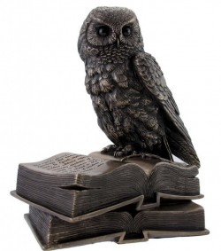 Picture of Wise Owl on Books Bronze Figurine Trinket Box