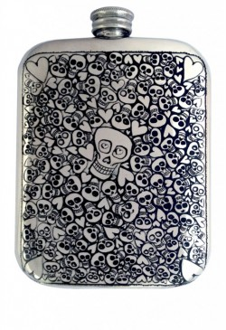 Picture of 6oz Love Skull Pocket Flask (Gordon Robertson)