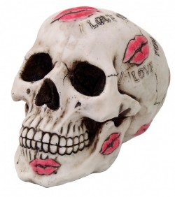 Picture of Kiss Me Skull Ornament