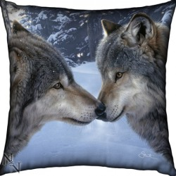 Picture of Wolf Pack Cushion (Daniel Smith)