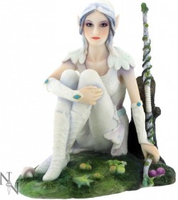 Picture of Erin Elf Archer Figurine 15cm