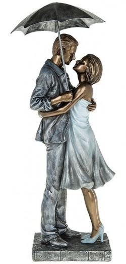 Picture of Rainy Day Embrace Romantic Figurine 40 cm
