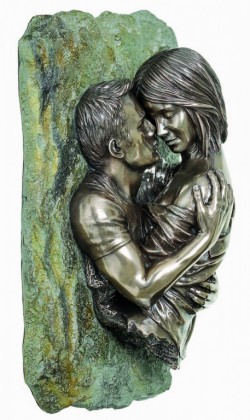 Picture of Romantic Couple Bronze Wall Plaque 25cm
