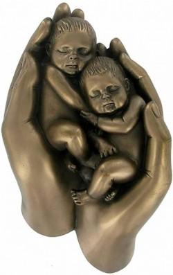 Picture of Babies in Hand Twins Bronze Figurine