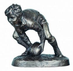 Picture of The Perfect Pass Rugby Bronze Figurine