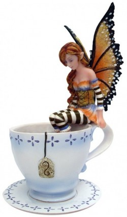 Picture of Warm Toes Fairy Figurine 16cm Amy Brown