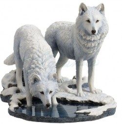 Picture of Warriors of Winter Wolf Figurine (Lisa Parker)