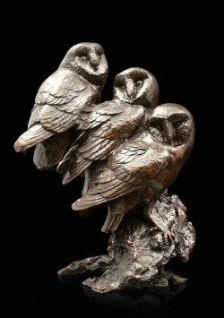 Picture of Watchful Figurine Three Barn Owls (Limited Edition) Michael Simpson