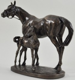 Picture of Mare and Foal Horse Figurine (David Geenty)