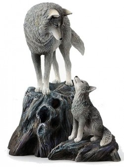 Picture of Guidance Wolf and Cub Figurine (Lisa Parker)