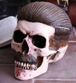 Picture of Henchman Skull Ornament