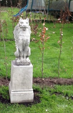 Picture of Winged Lion Stone Statue