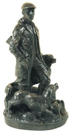 Picture of The Gamekeeper Statue Genesis
