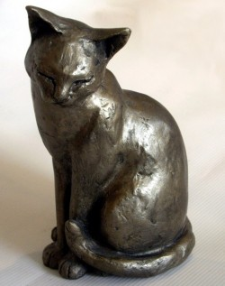 Picture of Maisie the Cat Bronze Ornament