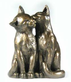 Picture of Cat Friends Forever Sculpture