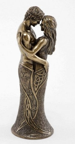 Picture of Celtic Lovers Bronze Sculpture 28 cm