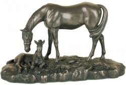 Picture of Mare and Foal Small Bronze Figurine (David Geenty) 20 cm